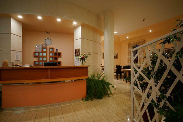 recepcja hotelu Lubex w Lublińcu